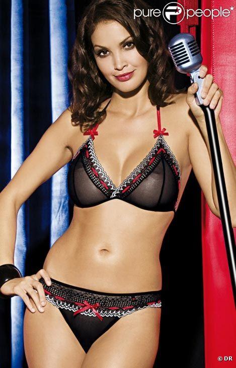 La magnifique et sexy Sarah Jackson sous toutes les coutures... (2/6)