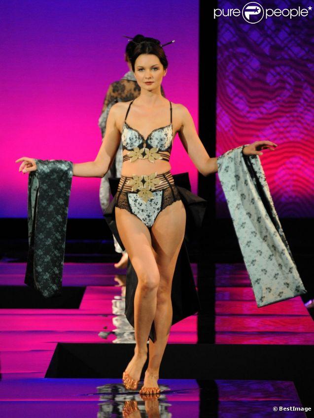 Mannequins : tops models et mannequin femme Vogue