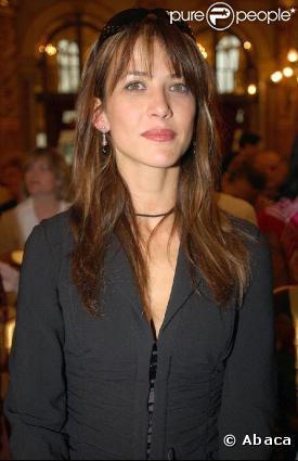 269786-sophie-marceau-en-2003-flashplayer-1