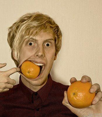Inspirational-Photo-Manipulation-by-Erik-Johansson-apelsin_14
