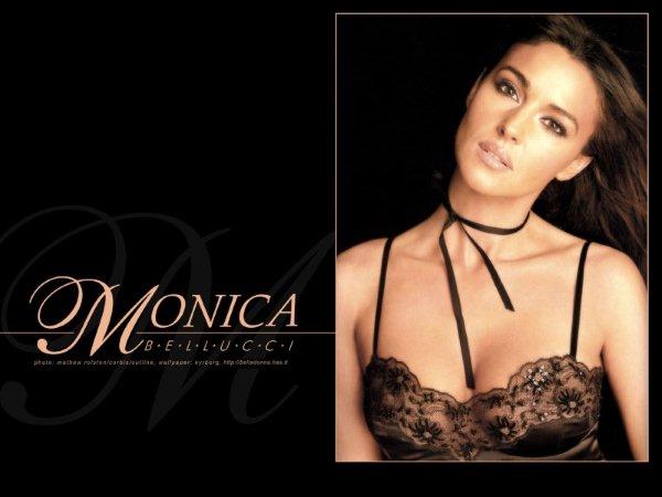 Monica-Bellucci-188