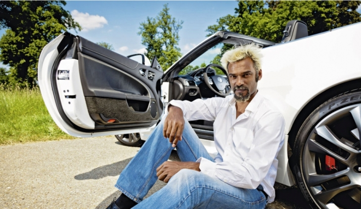 Jaguar-XKR-S-Cabriolet-Satya-Oblette_article_landscape_pm_v8